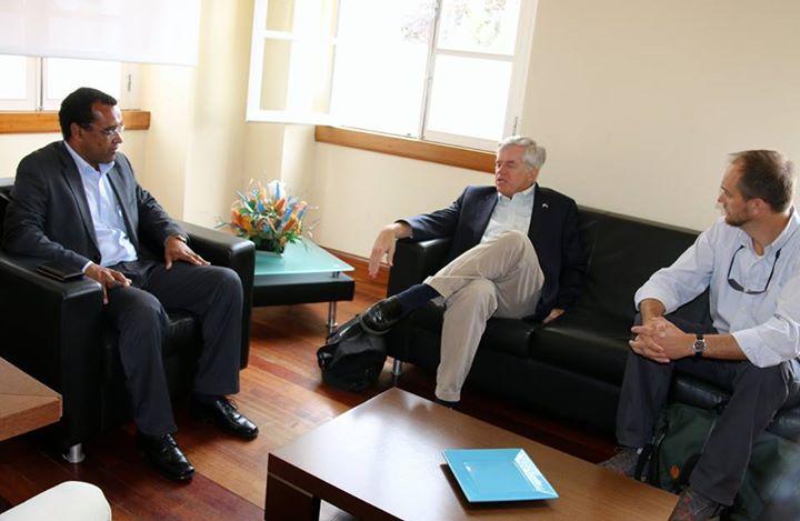 Embaixador EUA visita Município do Paul
